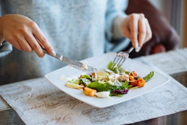 Bắt đầu xuất hiện các trào lưu khác nhau về việc ăn cái gì.