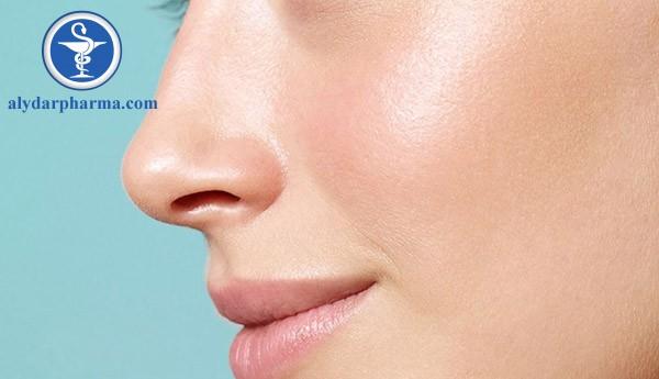 Axit béo trong dầu cá sẽ dưỡng ẩm, giúp da đàn hồi và mịn màng