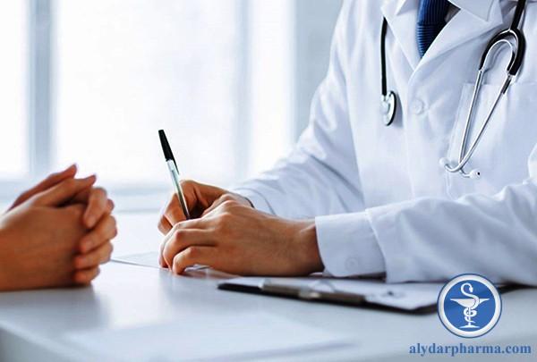 Đối với bệnh mãn tính, người bệnh cần kết hợp dùng lá cây chữa viêm mũi dị ứng và những phương pháp điều trị chuyên sâu theo sự hướng dẫn của bác sĩ
