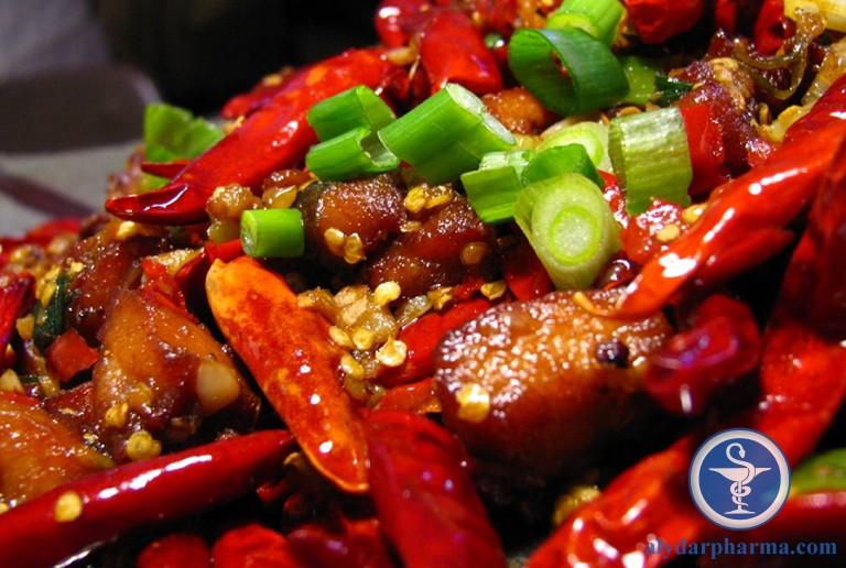 Người bệnh cần hạn chế sử dụng thực phẩm cay nóng và thực phẩm chiên xào nhiều dầu mỡ trong thời gian chữa viêm họng giả mạc